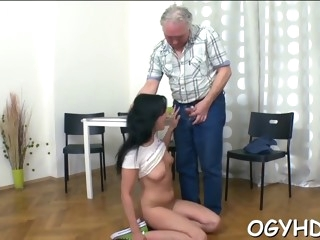 skillful old guy slams young pussy